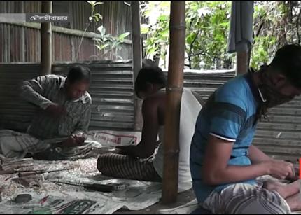 করোনার ধাক্কায় মৌলভীবাজারে ওলটপালট আতর ব্যবসা