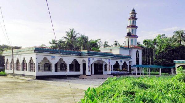 ইনাতগঞ্জে এক ডিমের মসজিদ!