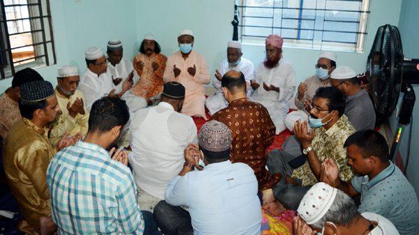 প্রয়াত সাবেক মেয়র কামরান স্মরণে মিলাদ ও দোয়া মাহফিল অনুষ্ঠিত
